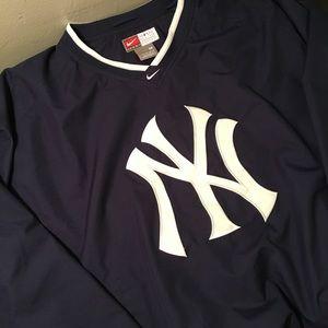 Nike New York Yankees Pullover Windbreaker